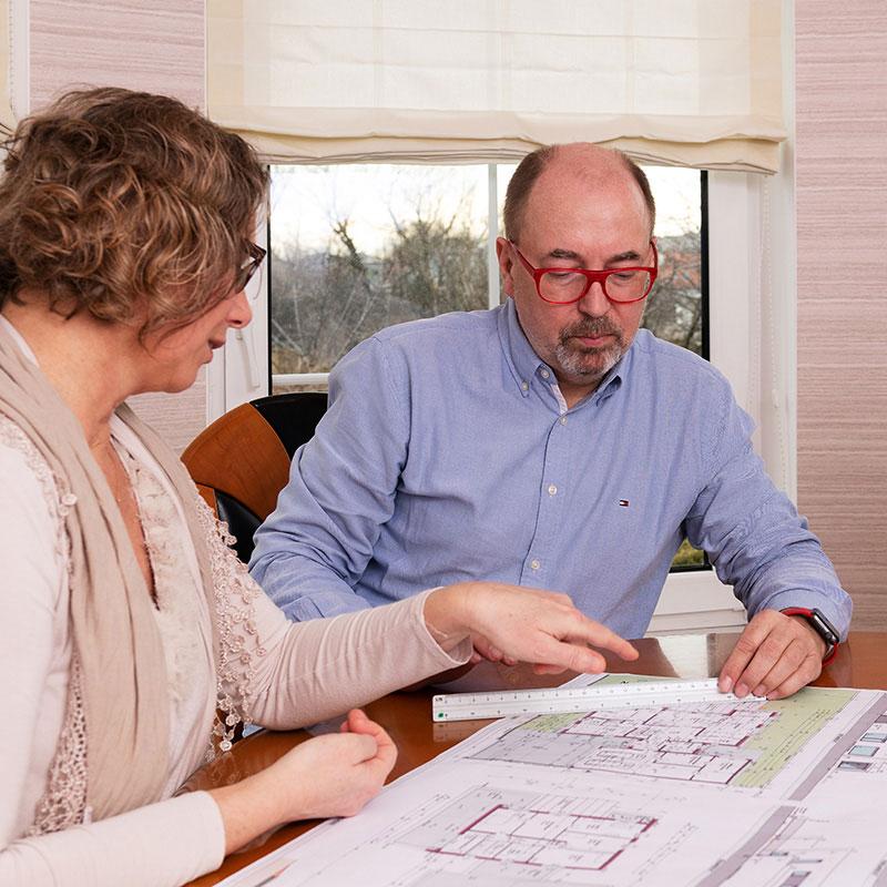Das Augsberger-Team unterstützt bei der Planung Ihres Traumhauses